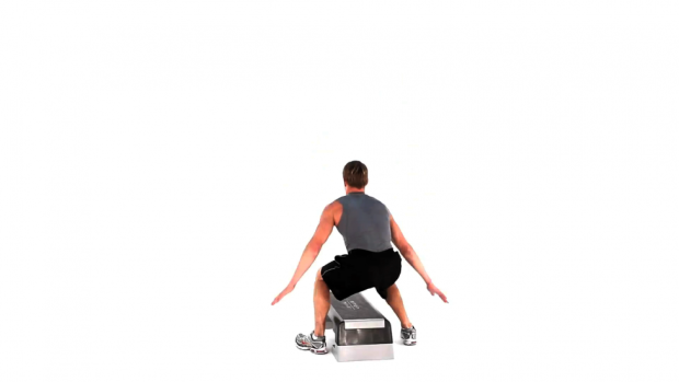 split-squat-jumps-on-with-full-rotation_-_step_1.max.v1