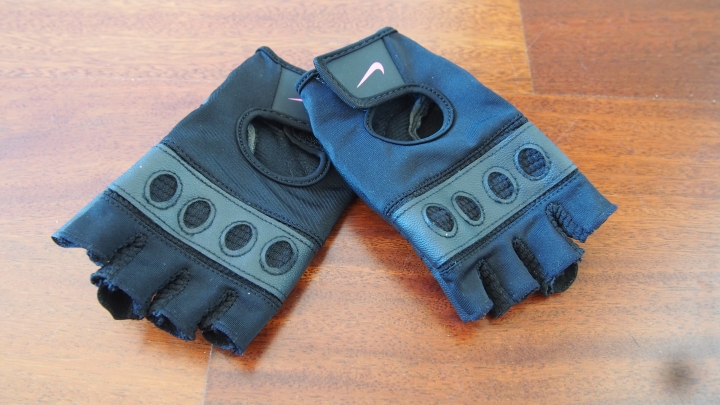 Nike Pro Flow Training Gloves