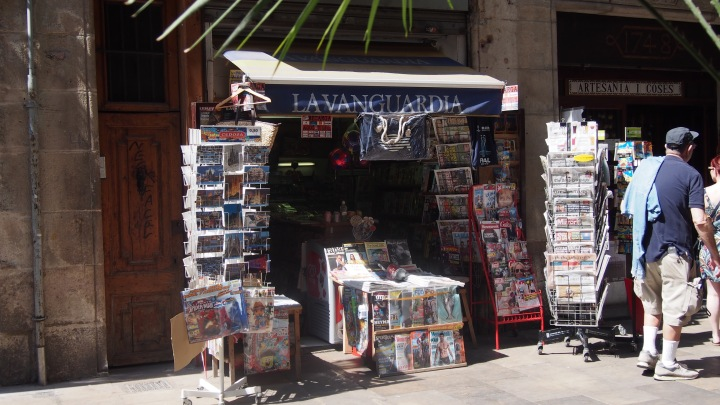 The Magazine Shop, Placeta de Montcada