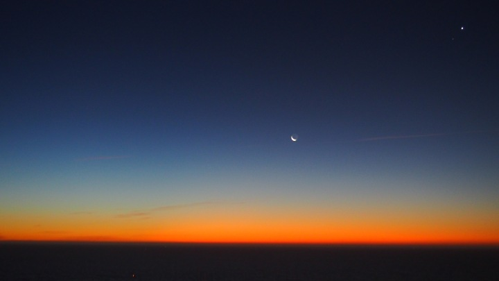 Moon rise Sun rise